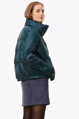 Clothing, Jacket, Leather, Outerwear, Standing, Leather jacket, Fashion, Leg, Coat, Hood,