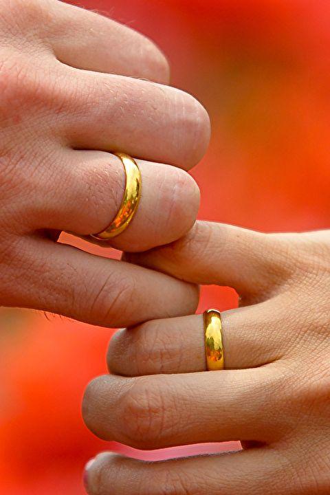 プロポーズ 逆プロポーズ 婚約 結婚 恋愛 体験談