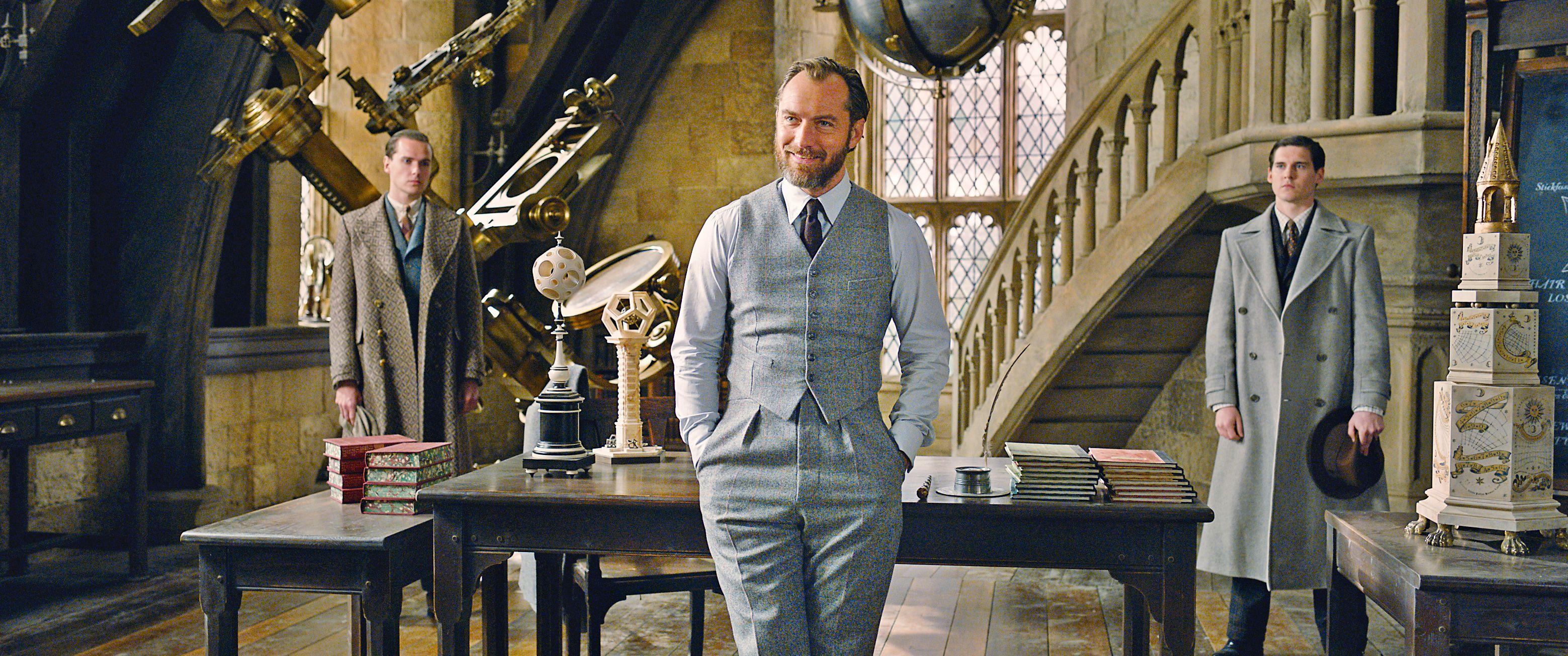 Jude Law nos cuenta cómo se ha convertido en el mítico mago Albus Dumbledore - Entrevista a Jude Law, el joven Dumbledore