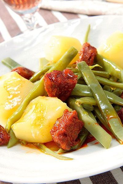 judías verdes con chorizo y patatas