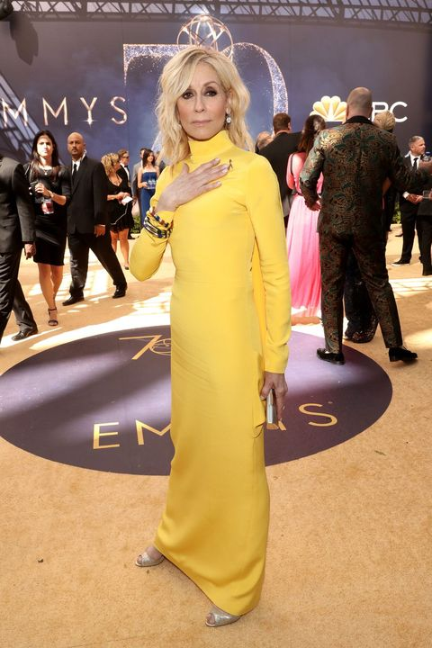 Clothing, Yellow, Premiere, Fashion, Red carpet, Blond, Carpet, Costume, Flooring, Event,