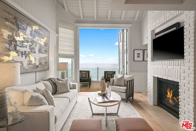judy garland's former home in malibu is on the market