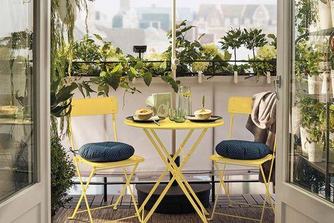 juego de mesa y sillas plegables saltholmen en amarillo para balcón o terraza