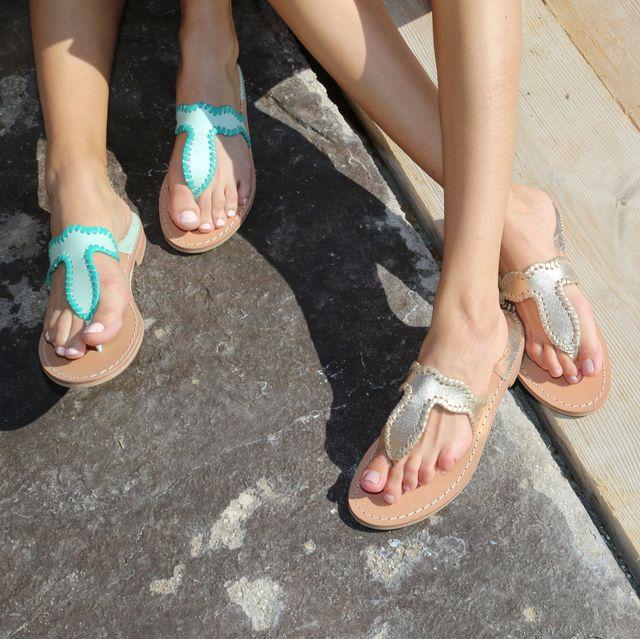 Leg, Toe, Foot, Footwear, Human leg, Nail, Yellow, Ankle, Shoe, Sandal,