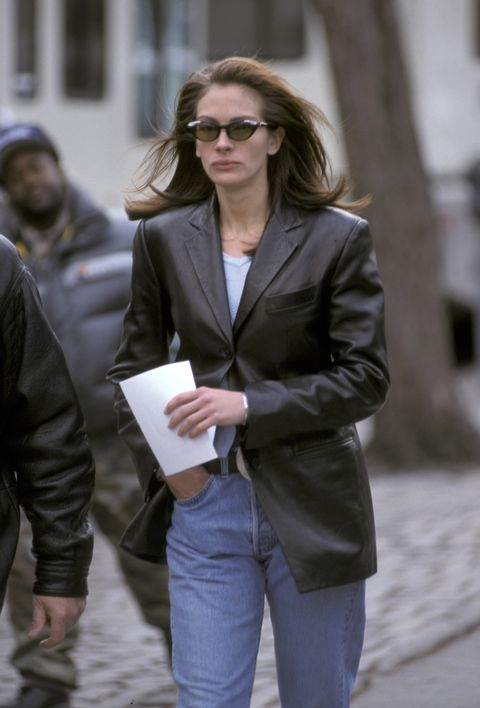"On The Set of ""Law And Order"""
