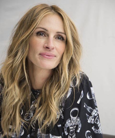 """london, england   november 05  julia roberts at the """"wonder"""" press conference at the langham hotel on november 5, 2017 in london, england  photo by vera andersonwireimage"""