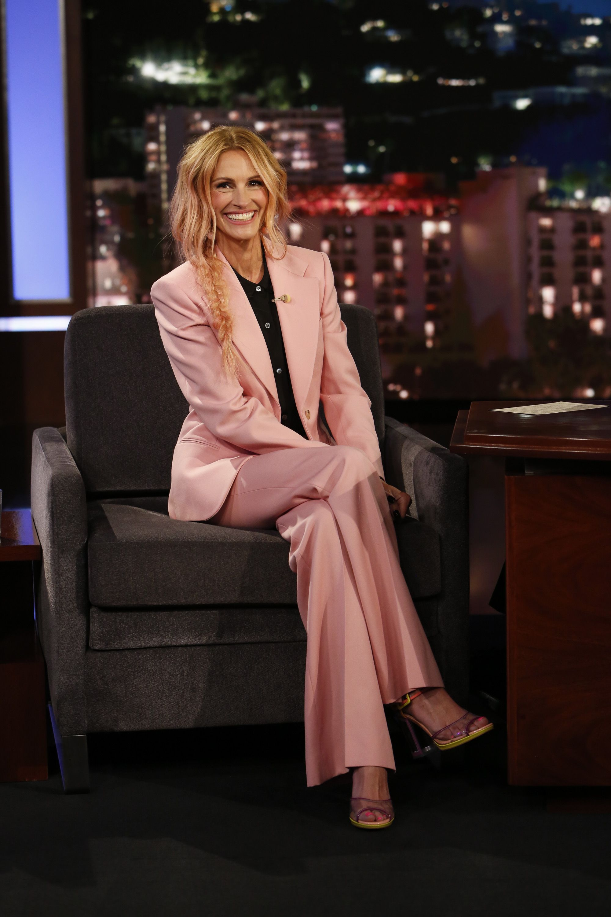 Julia Roberts Through The Years 40 Photos Showing Pretty