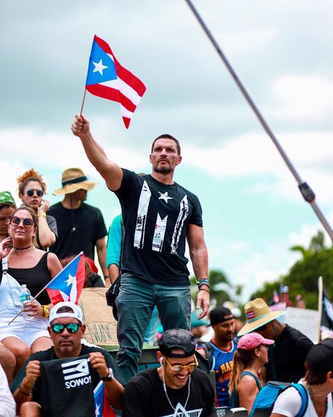 Julián Gil en Puerto Rico