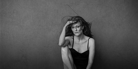 Shoulder, Elbow, Joint, Monochrome, Human leg, Wrist, Sitting, Knee, Model, Photography,
