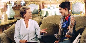 Julie Andrews and Anne Hathaway in The Princess Diaries 2