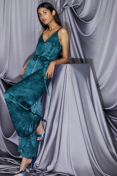 Clothing, Fashion model, Dress, Formal wear, Gown, Satin, Blue, Shoulder, Fashion, Haute couture,