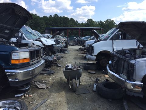 Old Junk Cars For Sale >> How To Hit The Junkyard