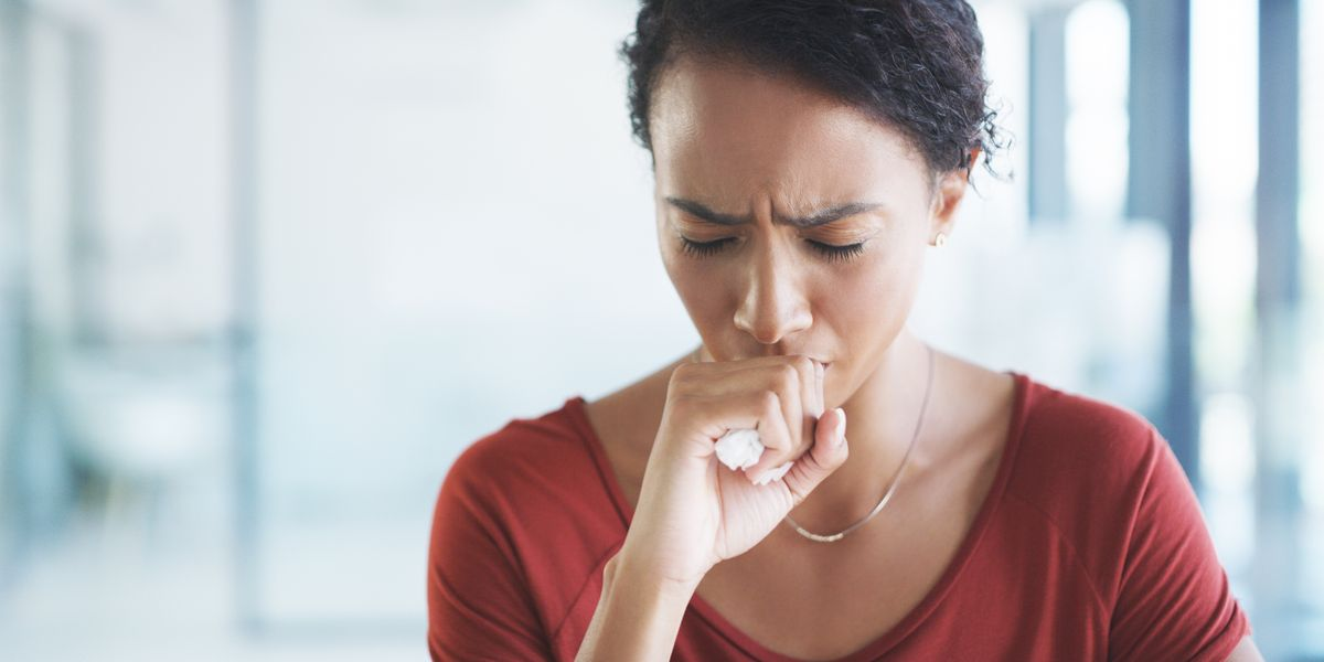 Doctors Explain What a Dry Cough Actually Feels Like for Coronavirus