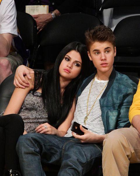 Selena Gomez ja Justin Bieber dating 2013 ottelun dating yhteys tiedot numero