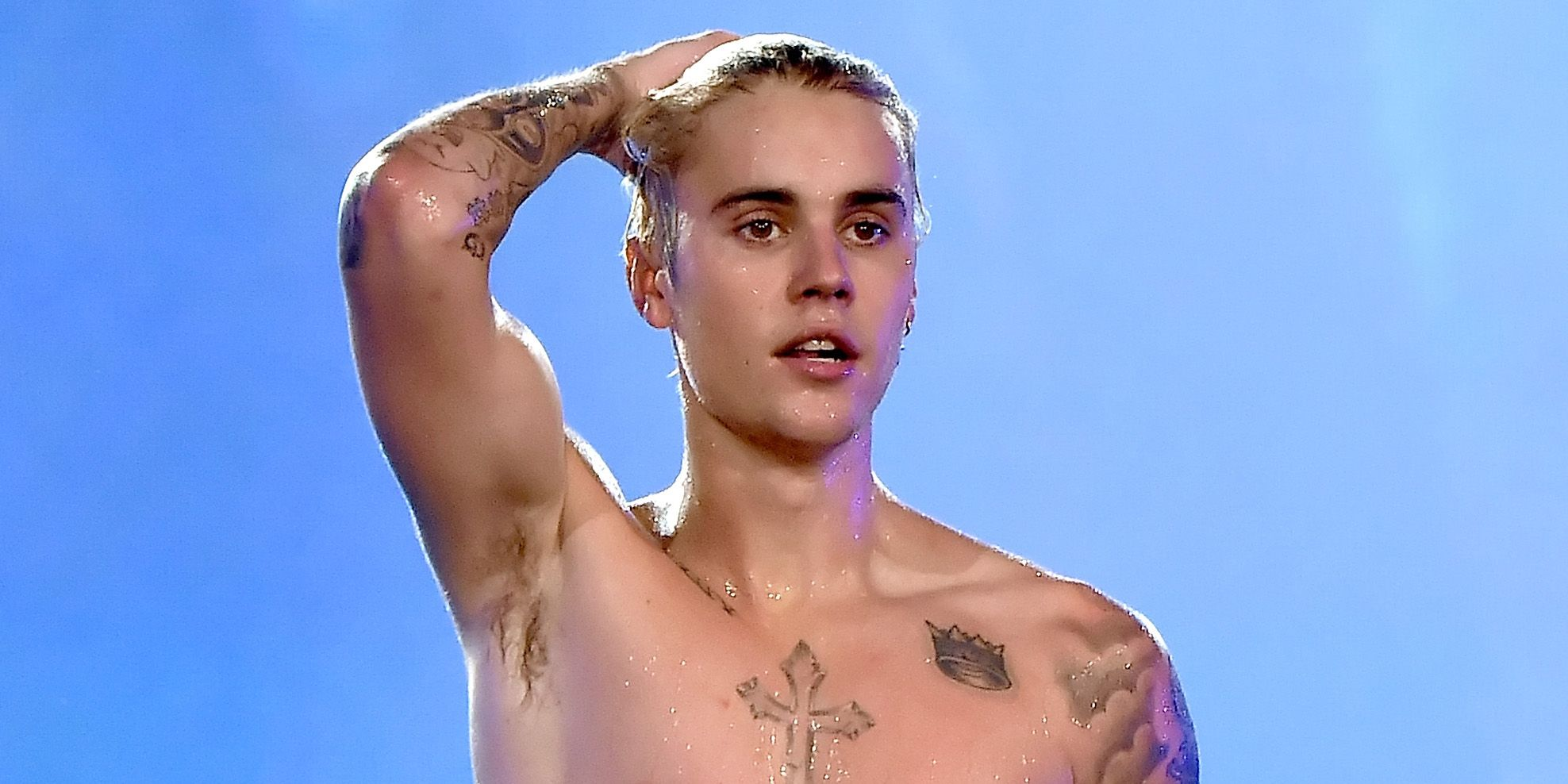 Justin Bieber mystery brunette Selena Gomez