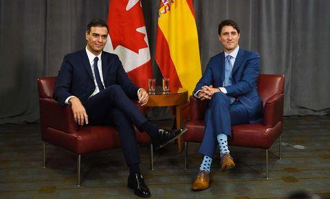 justin trudeau pedro sanchez calcetines