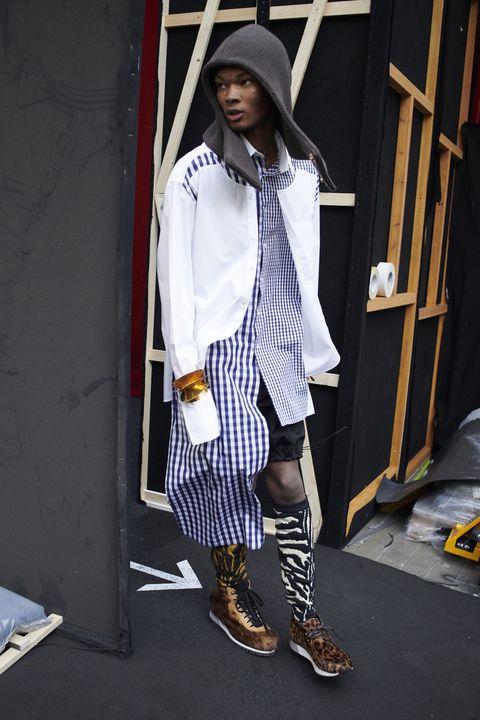 Clothing, White, Street fashion, Fashion, Fashion model, Footwear, Yellow, Snapshot, Knee, Fashion design,