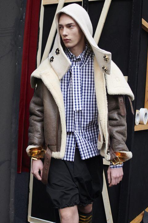 Clothing, Fashion, Outerwear, Street fashion, Snapshot, Jacket, Coat, Overcoat, Headgear, Photography,
