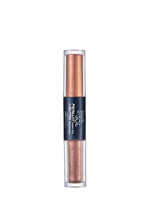 Cosmetics, Brown, Eye, Lip gloss, Eye shadow, Organ, Beige, Material property, Lip care, Liquid,