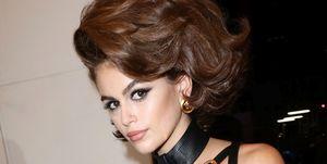 Kaia Gerber modelo Versace de los 90