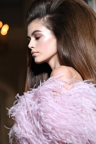 b19d2f7dde Valentino : Runway - Paris Fashion Week - Haute Couture Fall Winter  2018/2019