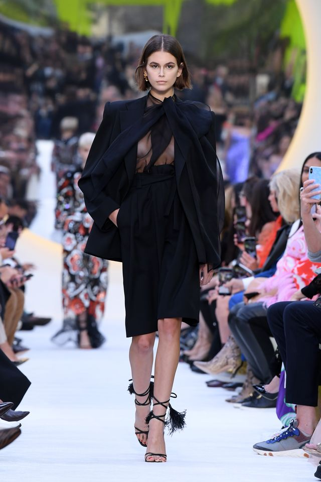 valentino  runway   paris fashion week   womenswear spring summer 2020