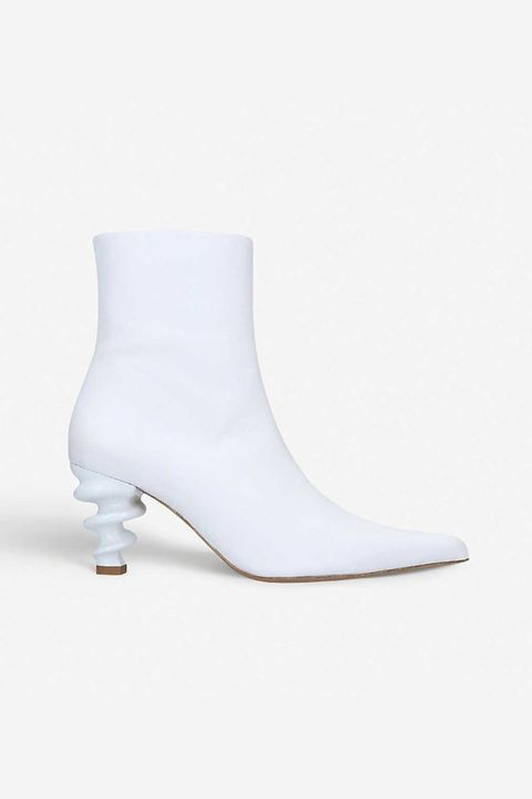 d6a49ce4f5 10 best white boots to buy for spring 2019 – How to wear white boots