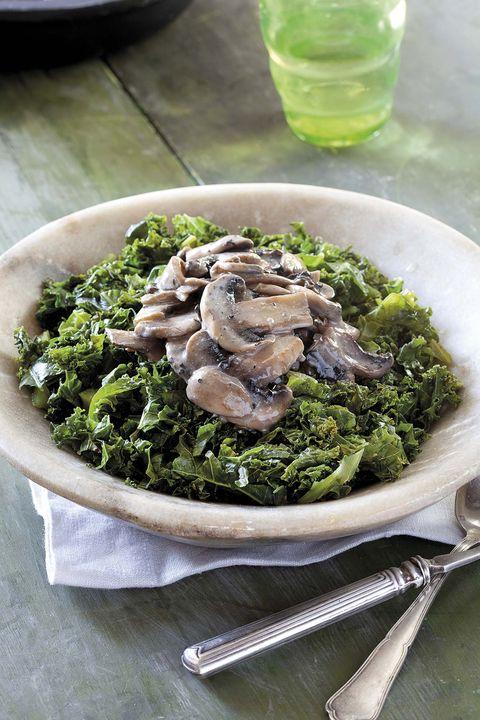 kale con champiñones