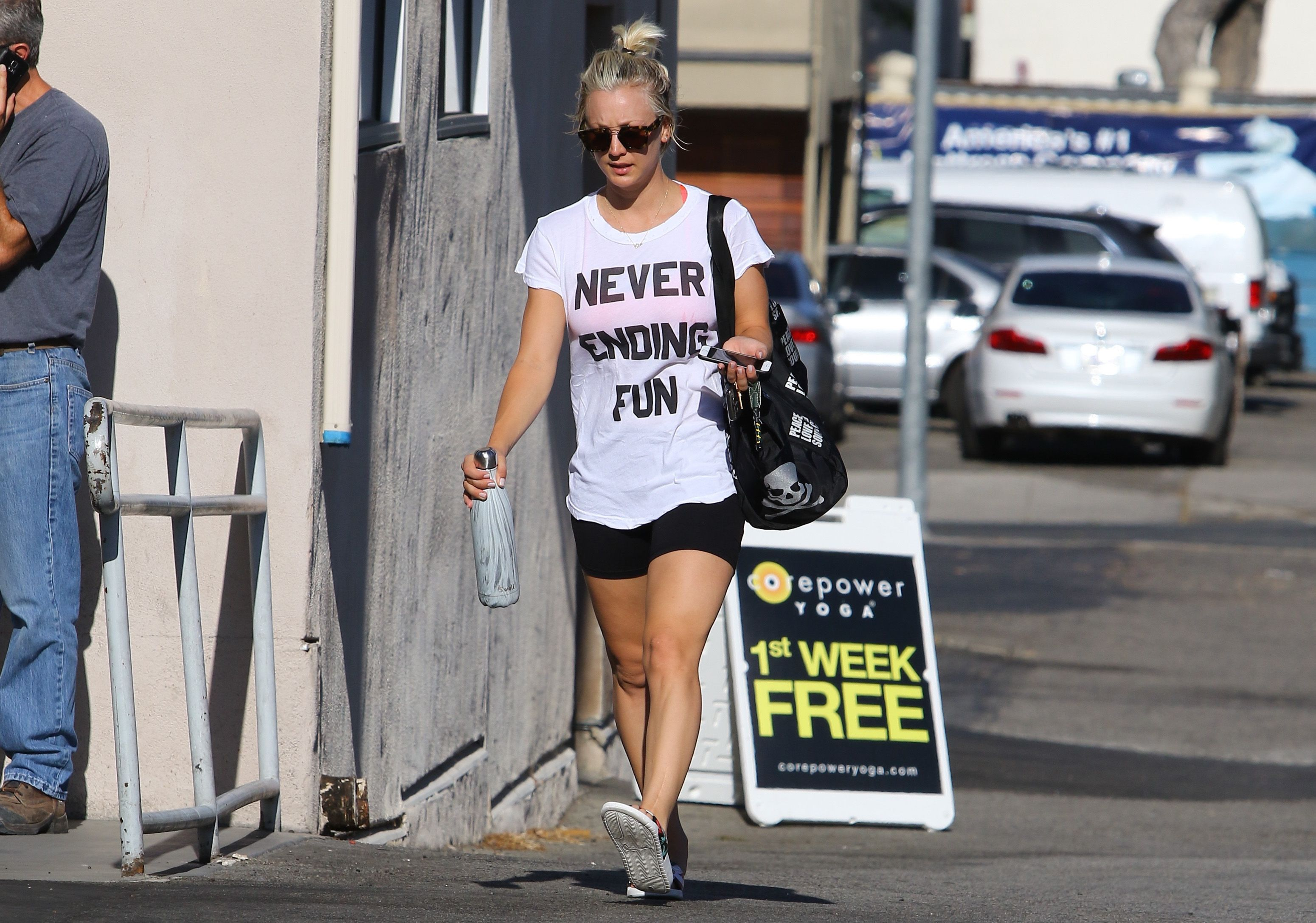 Kaley Cuoco S Healthy Lifestyle Tips And Fitness Routine