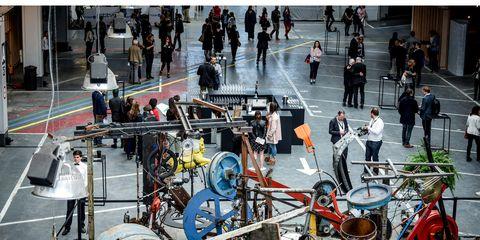 Vehicle, Drums, Auto part, Recreation, Crowd,