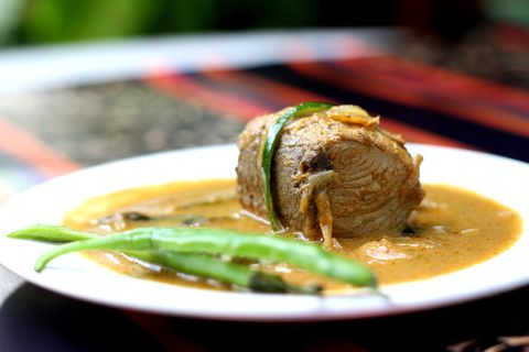 Kandu Kukulhu aka Stuffed Tuna Curry
