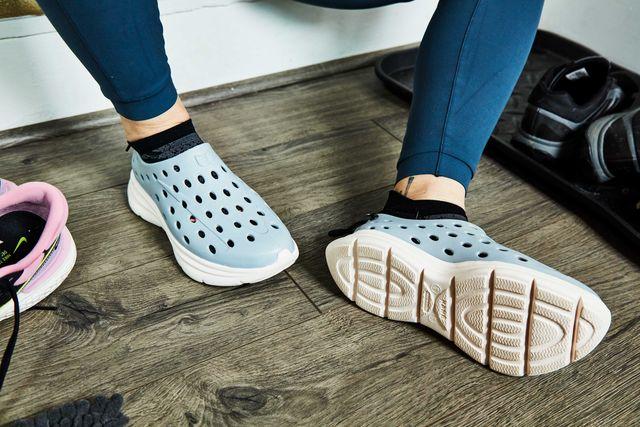 kane revive recovery shoe february 2021