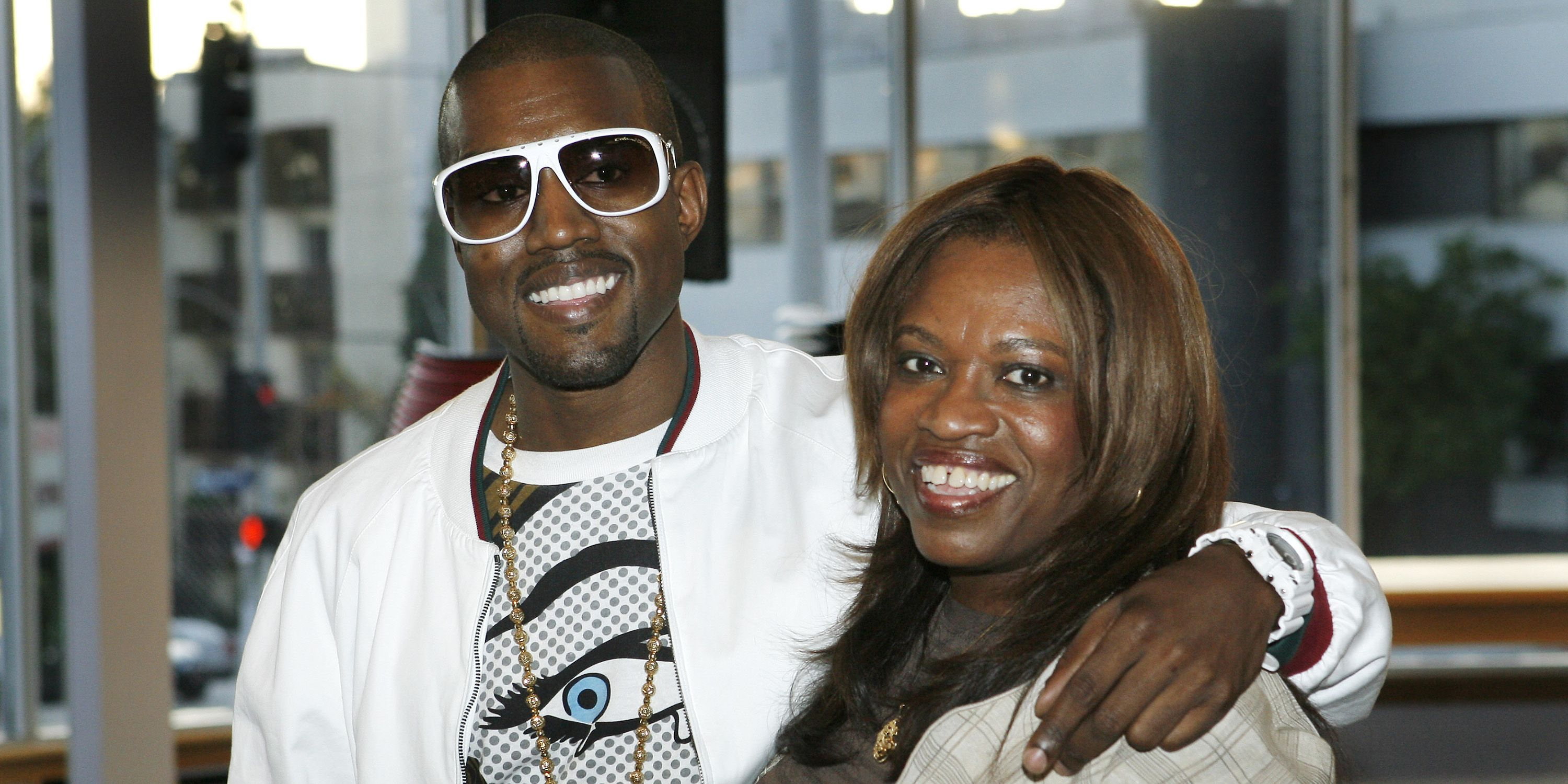 792ebbd340 Kanye West Just Announced His New Album Is Related to His Mother s Death