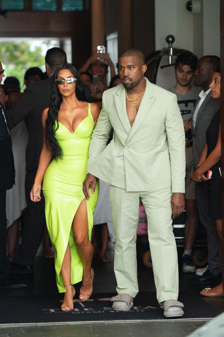 Kanye West gave Kim Kardashian $1million for not taking a