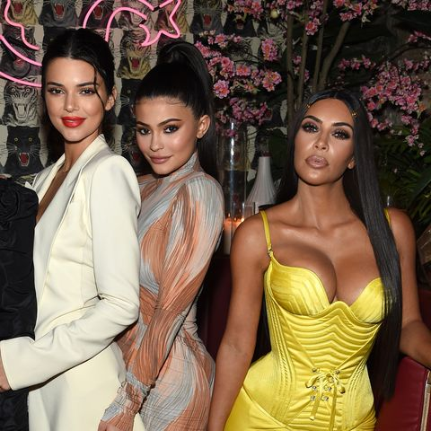 242d036708280 Las Kardashian se han disfrazado de ángeles de Victoria s Secret por  Halloween