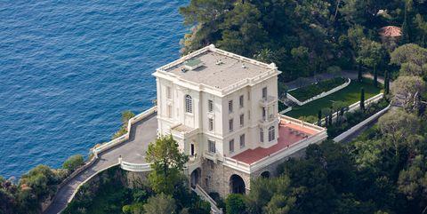 Coastal and oceanic landforms, Coast, Real estate, Roof, Aerial photography, Bird's-eye view, Villa, Estate, Mansion, Bay,