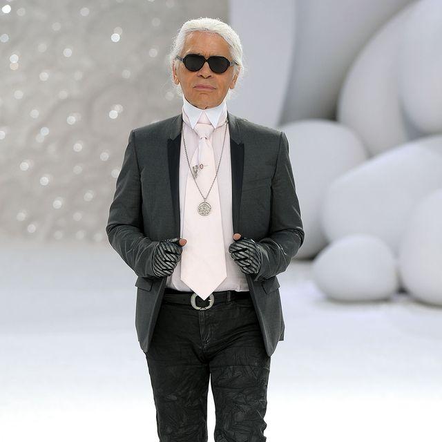 Chanel: Runway - Paris Fashion Week Spring / Summer 2012
