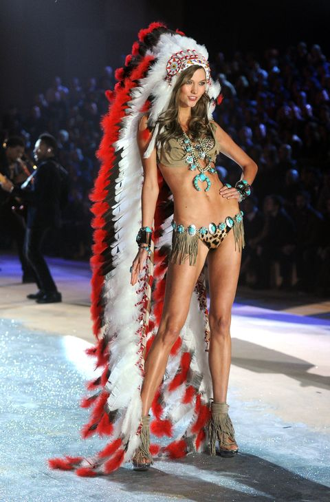 87699d6b28 Remember When Karlie Kloss Wore a Native American Headdress in the ...