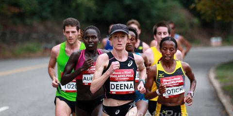 Deena Kastor at Philadelphia Half Marathon in 2014