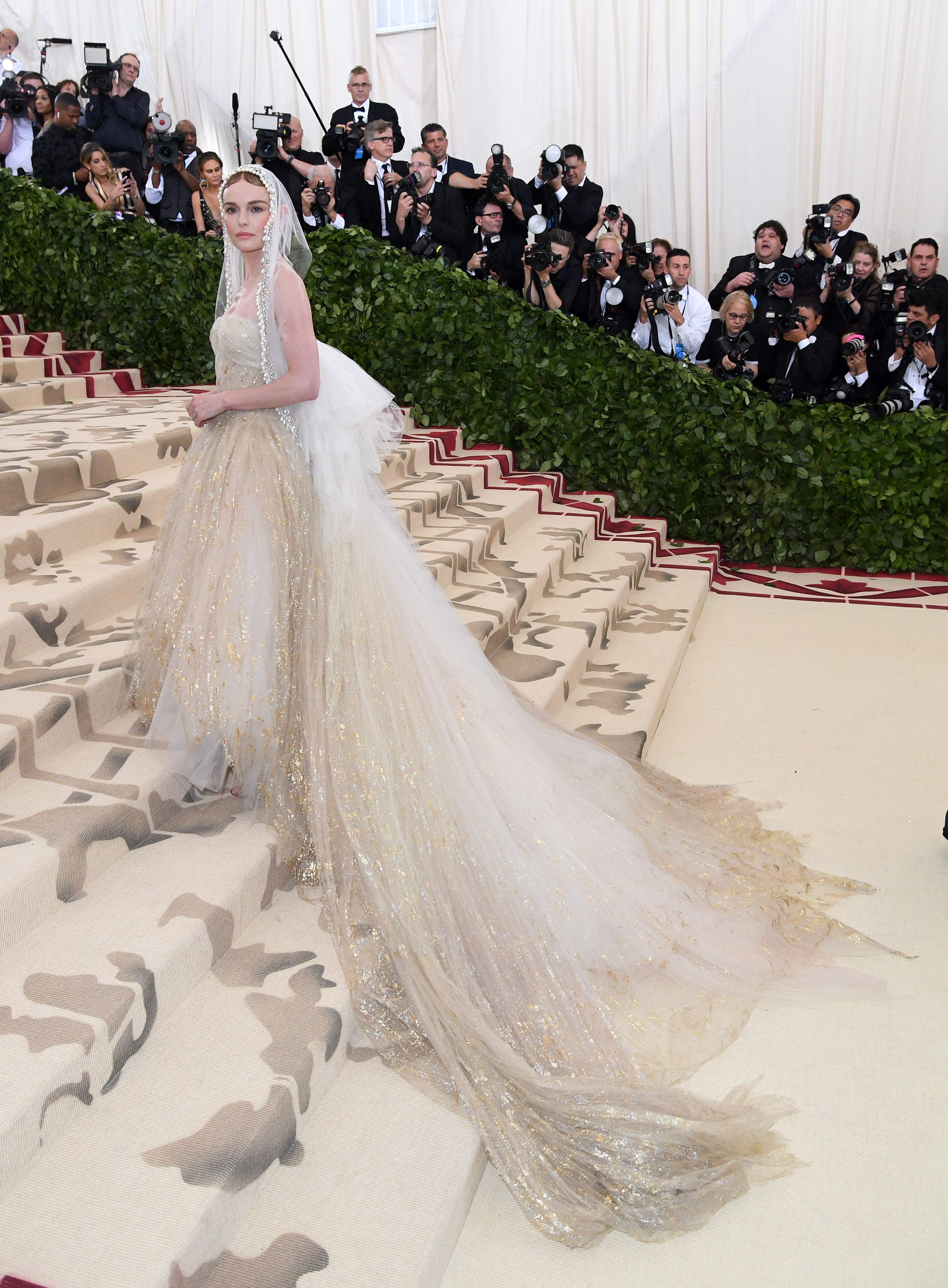 Bosworth was breathtaking in soft and romantic Oscar de la Renta at the 2018 Met Gala.