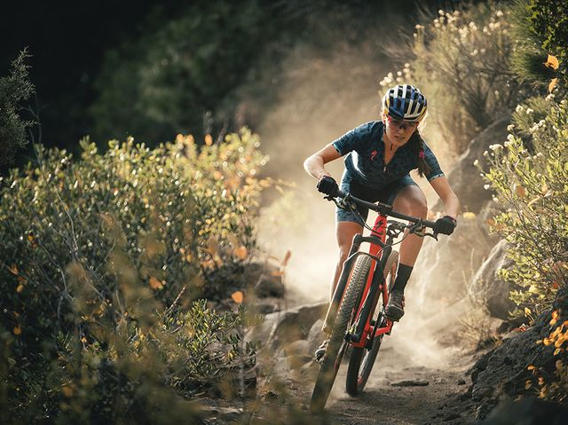472d97438c2 Mountain Bike World Champion Kate Courtney Is Unstoppable