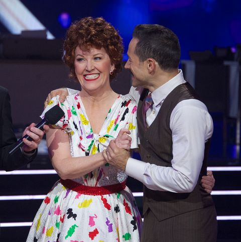 kate-flannery-dancing-with-the-stars-performance