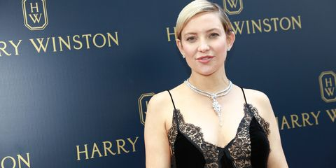 f60bb2b15a Kate Hudson apuesta por el vestido lencero en su estilo de ...
