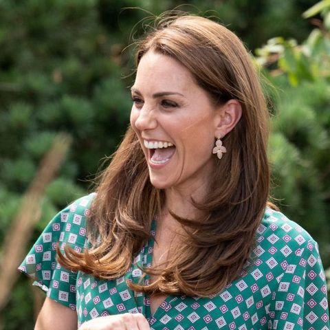 kate middleton wears £8 earrings