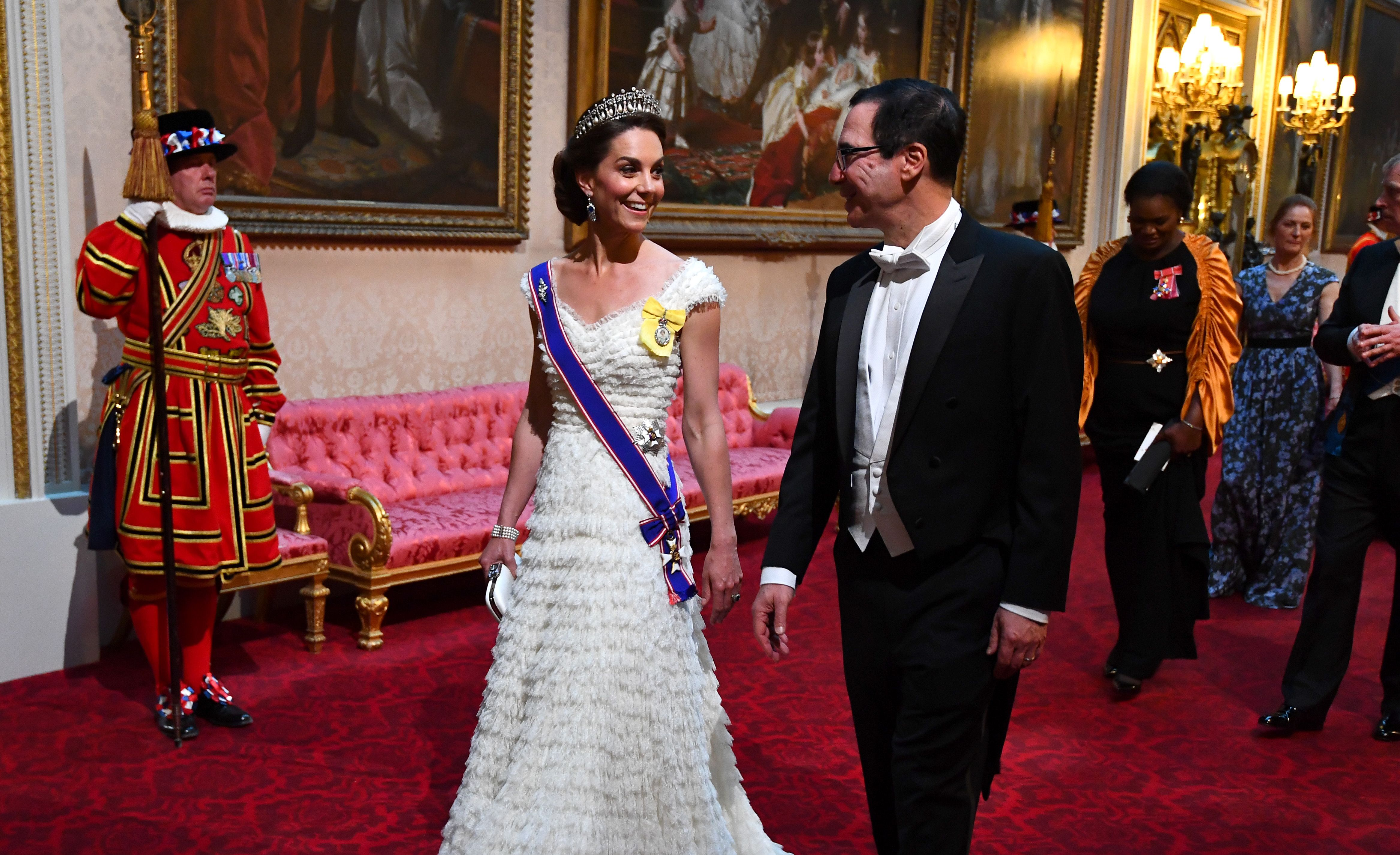 Mystery surrounding Kate Middleton at the state banquet solved