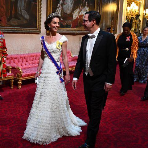 kate middleton alexander mcqueen lover's knot tiara donald trump state banquet