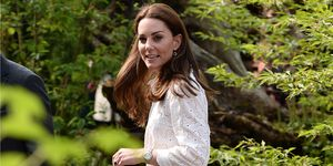 Royal family news: le nuove foto di Kate Middleton e William insieme ai figli