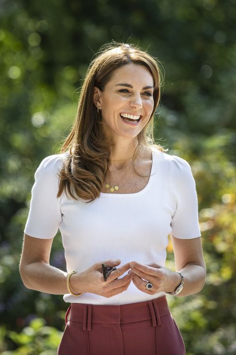 london, england   september 22 catherine, duchess of cambridge hears from families and key organisations about the ways in which peer support can help boost parent wellbeing while spending the day learning about the importance of parent powered initiatives, in battersea park on september 22, 2020 in london, england photo by jack hill   wpa poolgetty images