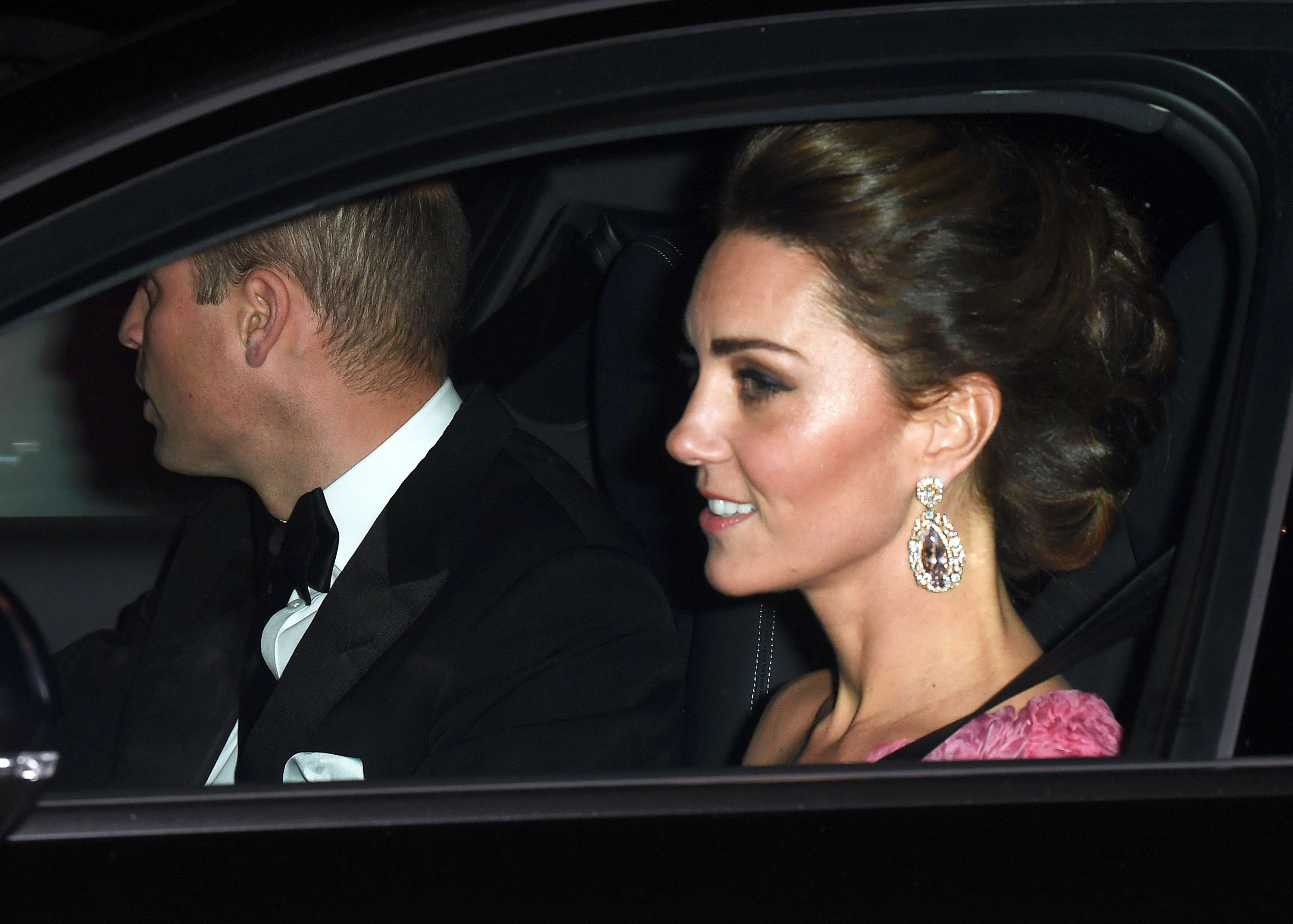 Kate Middleton Wears Pink Gown And Jeweled Earrings To Prince Charless 70th Birthday With William