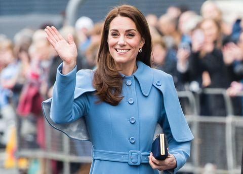 a1fc12f031 Kate Middleton look: #replikate è l'hashtag social per outfit royal